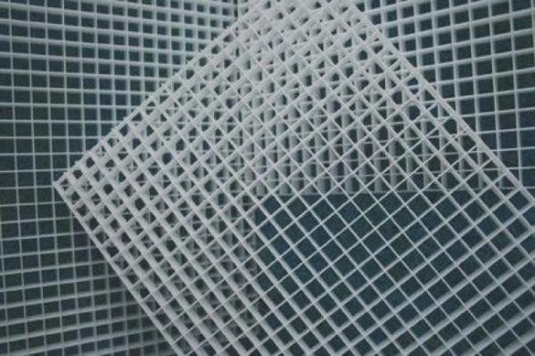 Lichtstegplatte, weiß, 121 cm x 60,2 cm, Wabengröße 13 x 13 x 13 mm