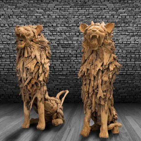 Teak-Holz Löwe sitzend